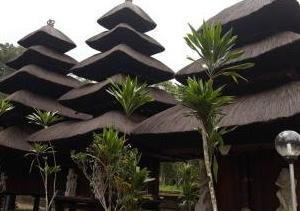 バリ島6大寺院の一つ【バトゥカル寺院】時の流れが止まったかのような静かな寺院。