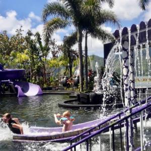 バリ島で温泉プール