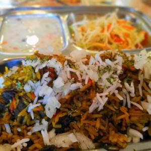 遥かなる異国の香り、35種類以上の香辛料の奥深さ!本場のマトンビリヤニ  印度家庭料理レカ(葛西)