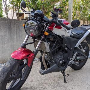 フルカウルバイクをネイキッド化する方法【ヘッドライト交換と自作ステー】