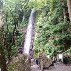 日本一周【98日目】滝やらお城やら
