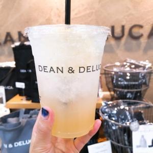DEAN & DELUCA カフェ羽田空港でモーニングセット♡夏の限定水色タンブラーもGet!
