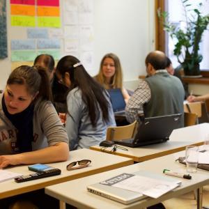 フランスで一番簡単に学べる場所・ユース&カルチャーの家【MJC】