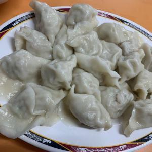 台北グルメ もっちもちジューシー水餃子!酸辣湯も具沢山で美味しい『来来水餃』南機場夜市