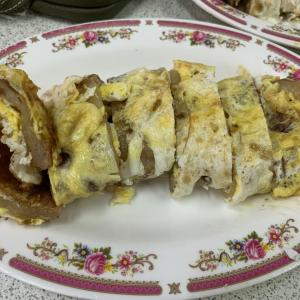 板橋グルメ 卵2個使い蛋餅&飯糰(台湾おにぎり)は台湾一好み!『豆荘豆漿店』