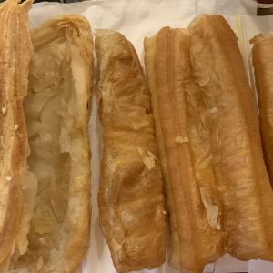揚げパンを焼きパンで挟んだ「焼餅油條」は台湾の定番朝食だけど...