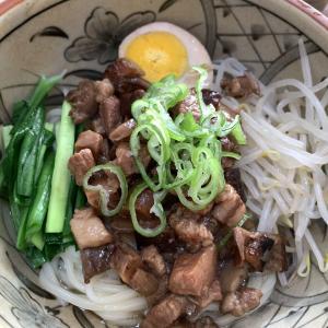 魯肉を使って魯肉飯,魯肉麺,燙青菜!作っておけば便利で美味しいご飯に!