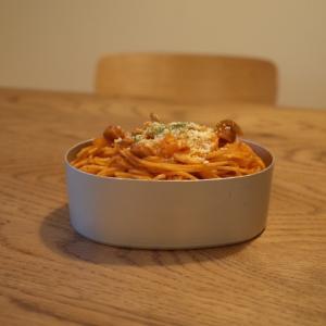 ナポリタンスパゲティー弁当とめずらしく見送りに出てきたしゃち