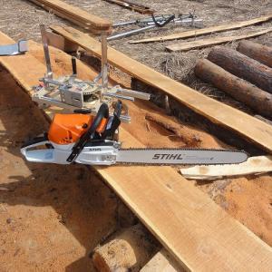 STIHLチェンソーのデビュー 8mの板から垂木づくり