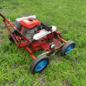 自作ロータリーモア(草刈り機)で草刈り