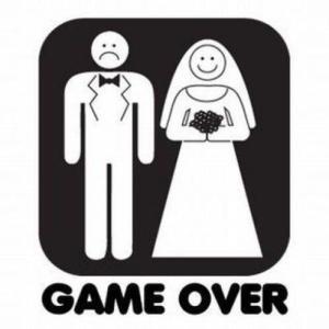 【悲報】ワイ妻子持ちだけど、幸せじゃない