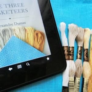 """初めての布染め """"Stitching Book Club: The Three Musketeers"""" Sapphire Mountain Handcrafts"""
