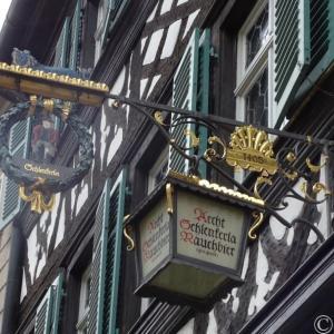 【バンベルク】シュレンケルラでドラフトのラオホビールとソーセージの最高の組み合わせを楽しむ