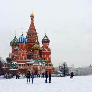 ロシア語は難しい?おすすめの教材と旅先で使うためのヒント