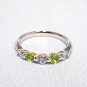 ❤︎ ≪シルバー925≫ダイヤモンド&天然石リング【ペリドット】❤︎