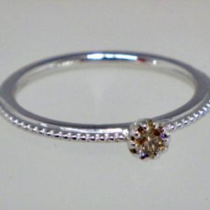 ❤︎ ☆K10リング 一粒デザインリング バースデーストーン 4月ブラウンダイヤモインド☆❤︎指輪