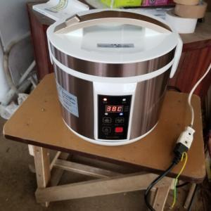 黒ニンニク専用炊飯器で、黒ニンニク作り