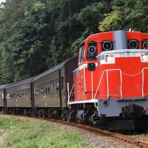 [2019/10/05] DD16 11牽引の飯山線開通90周年号
