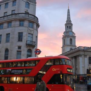 [2020/03/15] ロンドンバス@チャリング・クロス駅前