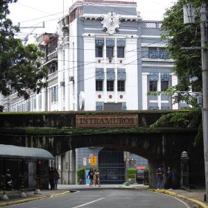 フィリピン・マニラ「イントラムロス」&ルネタ公園散策