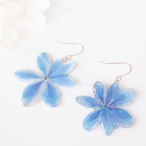 お客様の声   Blue.. 本物のお花 八重咲き紫陽花「万華鏡」の揺れピアス/イヤリング