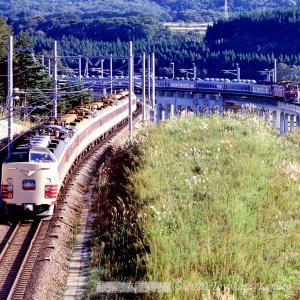 10月の津軽海峡線 ED79など