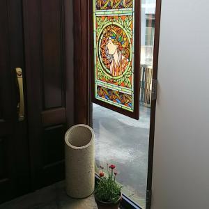 玄関のインテリア  ―ステンドグラス―