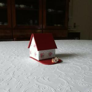 赤い屋根の小さなお家