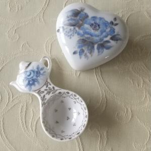 ブルーの花のトワルドジュイ ーポーセラーツー