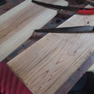 【前編】市販のテーブルを古道具風ミニテーブルにリメイク♪