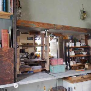 【組み立て編】カウンターにキッチンとリビングを隔てる棚を作る