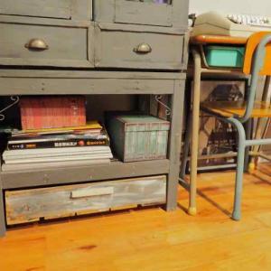 たくさんある端材でDIY♪家具の下にぴったり収まる端材収納を作る