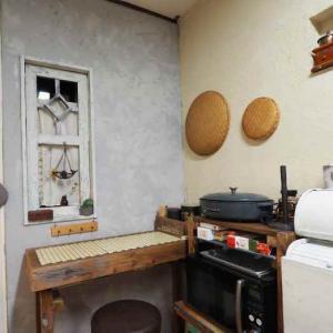 キッチンの壁を一面だけ塗り替える