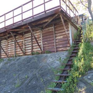 ディープな裏京都散策⑩ ~鴨川某橋左岸の危険な建物!