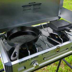 【キャンプ】ツーバーナーを買うなら高火力のユニフレームUS-1900がおすすめ!これだけで料理の効率が劇的にアップ!