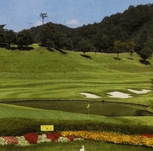 コース紹介(ハーモニーヒルズゴルフクラブ) 戦略的で難しいコースを徹底解説。