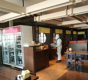 店舗閉鎖と除菌作業