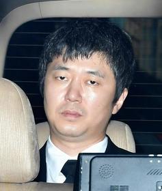 新井浩文被告(40)に懲役5年を求刑