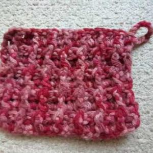 浴室用アクリルたわしをワッフル編みで