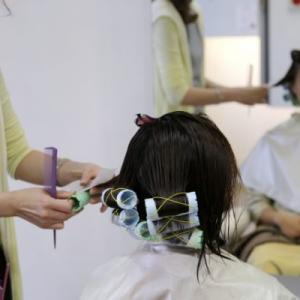 美容師ならではの職業病は?立ち仕事でしんどい?手荒れはひどい?
