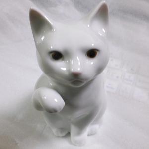 Noritake ノリタケ 日本製 国産 招き猫 小 右手磁器 陶磁器 キャット Cat