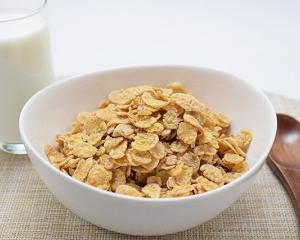 食物繊維が豊富な朝食と間食・オールブランでダイエット