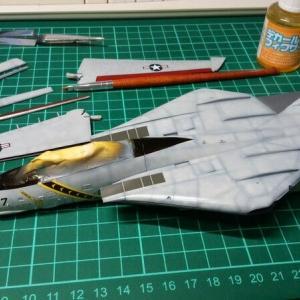 F-14 デカール貼ってます