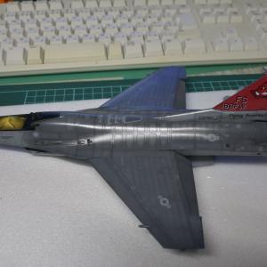 F-16 デカールからウェザリング