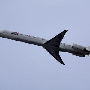 2011.04 新千歳AP JAL MD-90-30 JA0006D RWY01L DEP