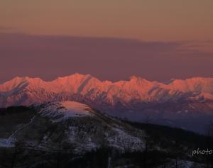 信州冬紀行 アルプスの夜明け