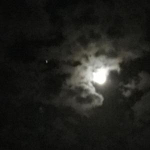 十三夜の月と土星