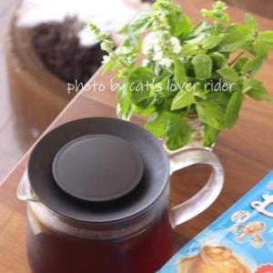 麦茶とイケアの耐熱ポット