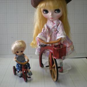オビツ11サイズの木製三輪車出来ました。