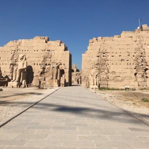 ルクソール東側の見所は?ルクソール神殿とカルナック神殿は外すな!